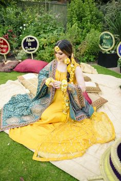 Loved it? Looking for more such stunning Outfit ideas for your Haldi? Head to our blog for more such wedding fashion inspiration, ideas and trends. #indianwedding #shaadisaga #intimatewedding #haldiceremony #haldioutfit #floraldecor Sabyasachi Lehenga Bridal, Pakistani Dresses, Mehendi Outfits, Indian Outfits, Bridal Looks, Bridal Style, Haldi Ceremony, Bridal Hairdo, Indian Bridal Hairstyles