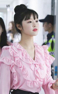 (notitle) - Oh My Girl Girl Photos, Girl Pictures, Girl Pics, Kpop Girl Groups, Kpop Girls, K Pop, Korean Girl, Asian Girl, Oh My Girl Yooa