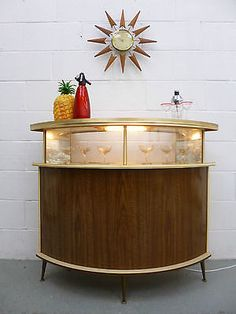 STUNNING LARGE Retro Vintage 60s 70s Cocktail Home Drinks Bar Cabinet with pineapple ice box.