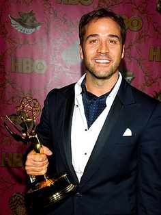 Actor Jeremy Piven in a cravat and pocket square.