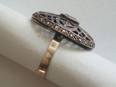 Srebrny pierścionek z oczkiem