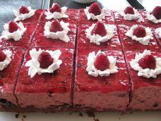 Retete Prajitura cu mousse de mure Romanian Food, Romanian Recipes, Deserts, Sweet, Cakes, Sweets, Candy, Cake Makers, Kuchen