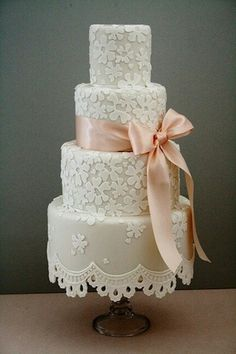 Love the lace off the bottom of the cake!!