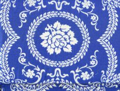 Blue and white fabric, this would make beautiful pillow shams for my blue and white bedroom.