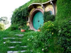 Someday...I would love a turquoise round front door :)
