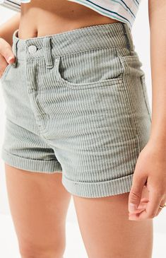 Give your outfit a throwback feel with the Light Sage Corduroy Mom Shorts from PacSun. Made from a retro corduroy fabric, these high-rise shorts are complete with a cuffed hem and a body. Short Outfits, Cool Outfits, Summer Outfits, Casual Outfits, Fashion Outfits, Womens Fashion, Cute Pants, 90s Grunge, Aesthetic Clothes