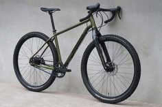 Drove Rohloff : Lightweight steel off-road / gravel Rohloff touring bike with disc brakes – Shand Cycles