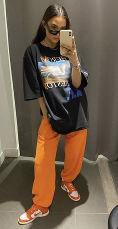 Sport Style, Sport Fashion, Anatomy, Personal Style, Casual Outfits, Lady, Fitness, Sports, T Shirt
