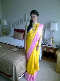 Kareena in an Ethnic Masaba saree!
