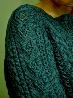 Cable Pullover by Patons ~ DK 8ply ~ bottom up ~ large range of sizes