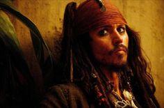 Pirates des Caraïbes : le secret du coffre maudit - Johnny Depp