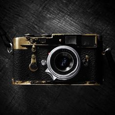 Creative Culture + Random Stuff — passionleica: M2 black paint + Summaron from...