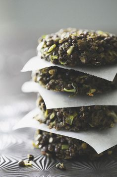 something new to do with mint!  Lentils are high in phytonutrients that support brain health. Lentil Cakes with Leeks & Mint from @RoostBlog.