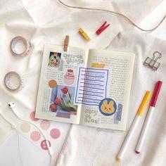 Bullet Journal Tracker, Bullet Journal Ideas Pages, Bullet Journal Inspiration, Cute Journals, Cute Notebooks, Bullet Journal Aesthetic, Book Aesthetic, Bujo, Bullet Journal Lettering Ideas