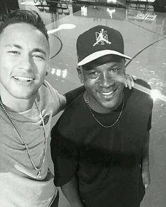 La foto de la vida de Neymar. Con el mítico Michael Jordan.