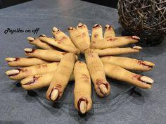 Remis à la mode dernièrement par l'émission Le Meilleur Pâtissier, voici (avec beaucoup de retard!!) les doigts de