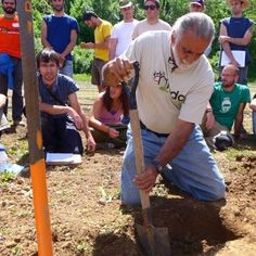 Ragmans Lane Organic Farm, Gloucestershire. Regenerative Agriculture with Jairo Restrepo - a 5 day course from 18-22 July 2015 http://www.organicholidays.co.uk/at/3132.htm