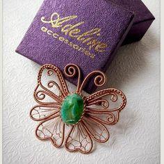 Посмотрите эту публикацию в Instagram @adeline_accessories • 24 отметок «Нравится» Wire Wrapped Jewelry, Wire Jewelry, Jewelery, Butterfly Jewelry, Butterfly Pendant, Wire Pendant, Brooches Handmade, Wire Weaving, Wire Work