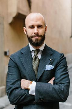 If you only had five business suits: A capsule collection – Permanent Style Bespoke Suit, Bespoke Tailoring, Moda Formal, One Step, Preppy Men, Cotton Suit, Dapper Men, Well Dressed Men, Men Looks