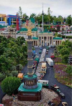 The Craziest Lego Model is in Germany's Legoland (35 pics ...640 x 934 | 140.8KB | izismile.com