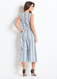macacao-pantacourt-com-bolsos-listrado Casual Outfits, Fashion Outfits, Womens Fashion, Work Fashion, Fashion Looks, Dress Skirt, Shirt Dress, Casual Jumpsuit, Western Dresses