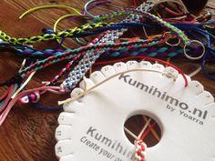 Druk bezig met vlechten voor het nieuwe boekje... eind oktober in de winkel! www.kumihimo.nl