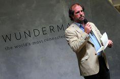 Juan Pablo Jurado, Presidente de Wunderman Argentina, dando la bienvenida al lanzamiento de #WundermanWIP.