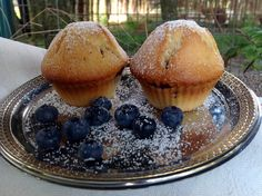 Blaubeermuffins, ein einfaches Rezept für fruchtige Muffins. Ein köstlicher Obstkuchen im handlichen Kleinformat, für viele Gelegenheiten genau das Richtige