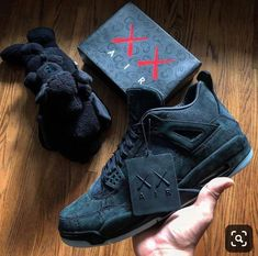Last years KAWS x Nike AirJordan 4 Who else would love to see more collabs with. Sock Shoes, Shoe Boots, Zapatillas Nike Jordan, Sneakers Fashion, Shoes Sneakers, Popular Sneakers, Nike Air Shoes, Lit Shoes, Hype Shoes