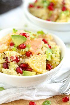 Ensalada cítrica: quinoa , palta, limón y granada.