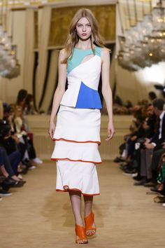 Roland Mouret Ready To Wear Spring Summer 2016 Paris - NOWFASHION