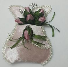 This Pin was discovered by Özl Silk Ribbon Embroidery, Hand Embroidery, Pearl Embroidery, Hobbies And Crafts, Diy And Crafts, Shabby Chic Crafts, Viking Tattoo Design, Sewing Aprons, Sunflower Tattoo Design