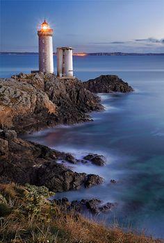 Lighthouses of Iroise. Phares du Petit Minou, situés à l'entrée du goulet de Brest en arrivant du large. Finistere. Brittany.