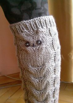 Knitting Patterns Leg Warmers Have no desire for leg warmers, but that owl desig. Knitting Patterns Leg Warmers Have no desire for leg warmers, but that owl design would be super-cu Crochet Leg Warmers, Crochet Boot Cuffs, Crochet Boots, Knit Crochet, Loom Knitting, Knitting Socks, Hand Knitting, Owl Legs, Knitting Projects