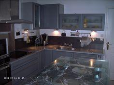cuisine apres resinence: Meubles gris foncés, crédence anthracite + blanc avec un peu d'inox = ce que je veux