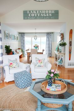 Come tour this beautiful lake house living room and kitchen summer home tour with Country Living at the happy housie-20