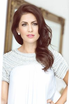 two pins in one. 1) my fav bachelorette, jillian harris. 2) am I crazy, or is that hair color pink-brown.  love it.