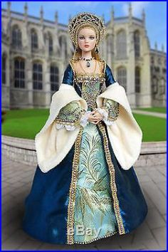 Tonner handmade OOAK historical outfit for dolls with Antoinette/Cami body Barbie Gowns, Barbie Clothes, Historical Costume, Historical Clothing, Pretty Dolls, Beautiful Dolls, Tudor Costumes, Glamour Dolls, Barbie Patterns