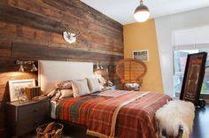 Ahhh! That feature wall!  Via houzz  #bedroom #reclaimedwood #houzz
