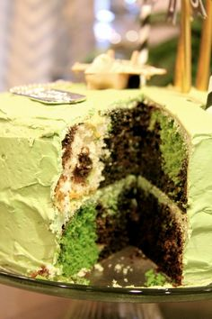 Camo birthday cake...perfect for a boy's party.  Or customize the colors for fun cakes for any party!