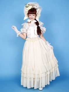 Misako Aoki - lolita fashion