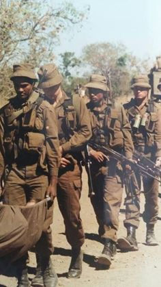 Military Life, Military History, Once Were Warriors, South African Air Force, Army Day, Vietnam War Photos, Military Training, Military Equipment, Vietnam Veterans