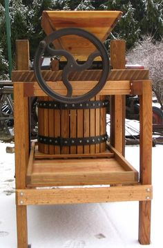 Apple Cider Press.....need one before next fall!!