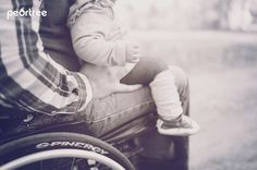wheelchair family photography Autumn Photography, Family Photography, Photography Poses, Wheelchair Photography, Grandparent Photo, Family Portrait Poses, Family Matters, Mystery Series, Maternity Pictures