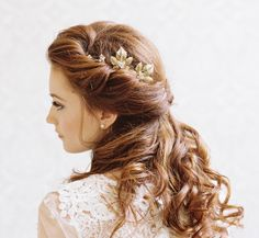 I just LOVE this half up half down bridal up.....Finished perfectly with an accessory by Erica Elizabeth Designs Captured by Caroline Tran Photographer