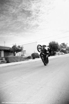 dyna outlaw thug style MC club style FXD wheeling