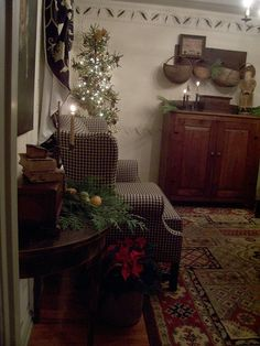 PictureTrail: Online Photo Sharing, Social Network, Image Hosting, Online Photo Albums Primitive Living Room, Primitive Furniture, Furniture Decor, Primitive Country, Primitive Decor, Primitive Christmas, Country Christmas, Christmas Home, Simple Christmas
