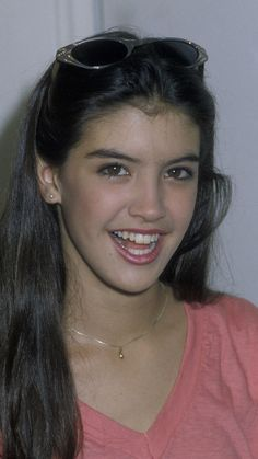 Phoebe Cates On Pinterest Kaley Cuoco Actresses And Celebrities