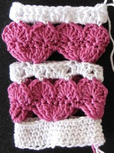 Heart crochet in rounds - Video Tutorial