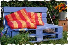 Great outdoor seating. Love the colors!